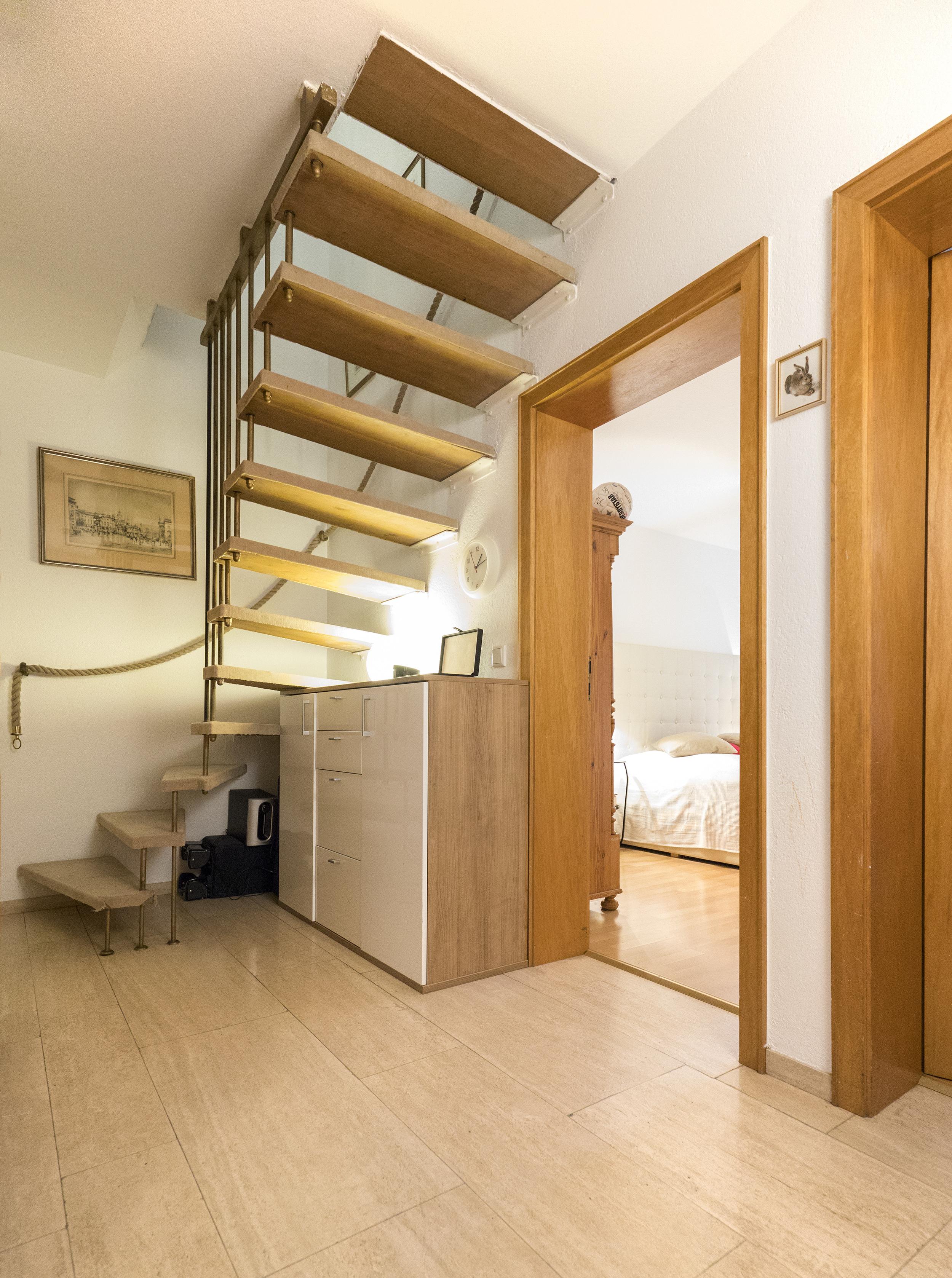 d sseldorf wittlaer gro e 4 zimmer wohnung mit. Black Bedroom Furniture Sets. Home Design Ideas